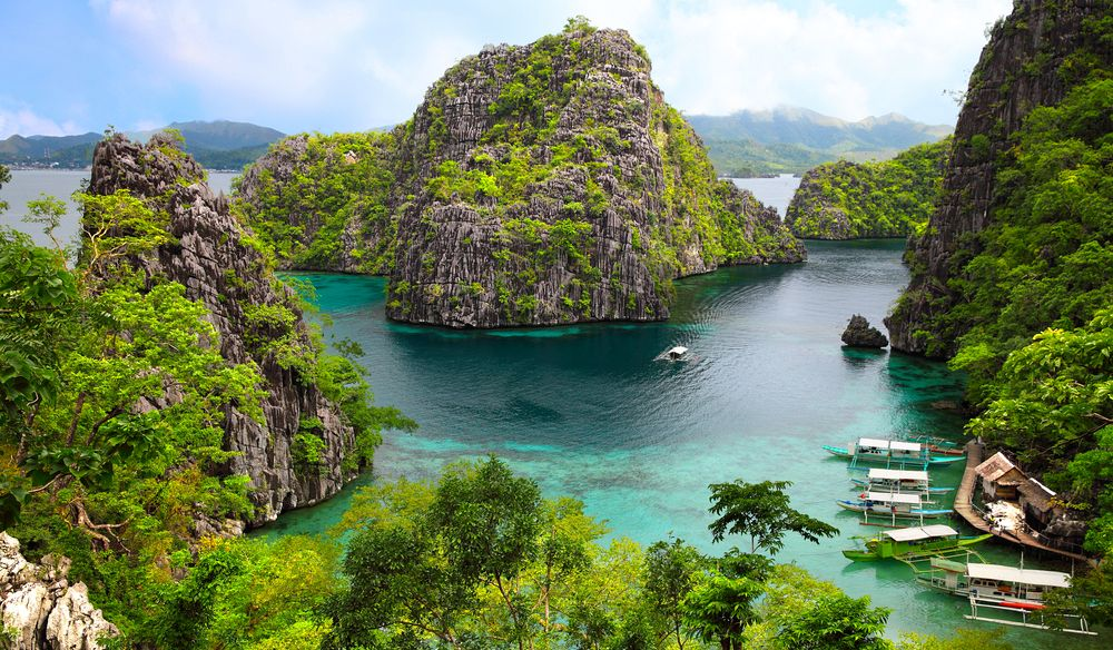 The Philippines – Kitty of 7,641 islands